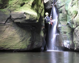 Canyoning, Serendipity Canyon, Intermediate - Blue Mountains