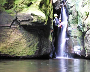 Canyoning, Claustral Canyon, Intermediate - Blue Mountains