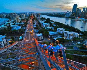 Story Bridge Adventure Climb, Twilight Climb
