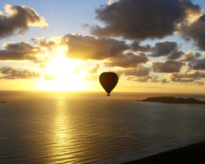Private Champagne Balloon Flight - Byron Bay
