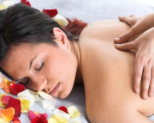 Massage Therapy Massage Women S Pampering At Home 1