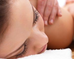 Massage, Be Reincarnated Women's Treatment 1.5 hours - Melbourne