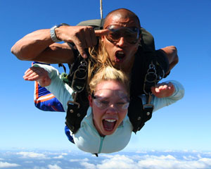 Skydiving Yarra Valley - WEEKEND SPECIAL 14,000ft