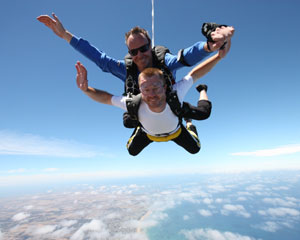 Skydiving Great Ocean Road (Barwon Heads) - Tandem Skydive 12,000ft WEEKEND SPECIAL