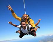 Skydiving Great Ocean Road (Torquay) - Tandem Skydive 12,000ft WEEKDAY SPECIAL OFFER