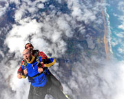 Skydiving Great Ocean Road (Barwon Heads) - Tandem Skydive 12,000ft WEEKDAY SPECIAL
