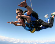 Skydiving Great Ocean Road (Barwon Heads) - Tandem Skydive 14,000ft WEEKEND SPECIAL