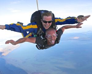 Skydiving Melbourne Tooradin - Tandem Skydive 14,000ft