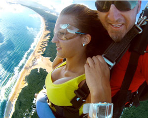 Skydiving Rainbow Beach Fraser Coast - Tandem Skydive 15,000ft