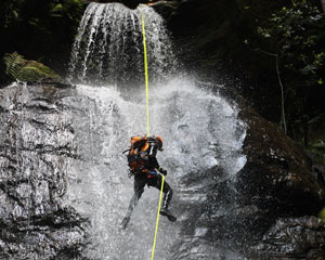 Canyoning Sydney, Full Day Canyoning and Abseiling - Blue Mountains