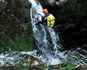 Canyoning Sydney, Full Day Rainforest Canyoning - South Coast