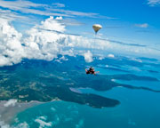 Skydiving Over Airlie Beach Whitsundays - Tandem Skydive 6,000ft