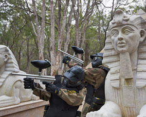 Paintball Perth (Muchea) - Entry, Full Day Games Plus 800 Paintballs