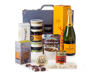 Cheers Gourmet Hamper from Bockers & Pony