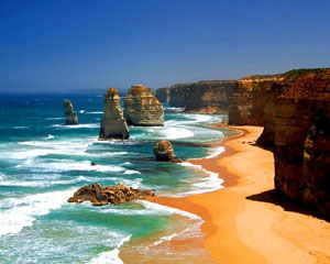 1-Day Great Ocean Road & 12 Apostles Classic Tour - Departs Melbourne