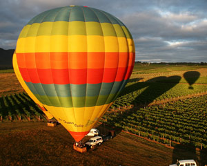 Hot Air Ballooning In A Small Group, Weekend Flight - Hunter Valley INCLUDES GOURMET BREAKFAST