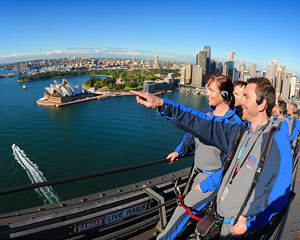 BridgeClimb Sydney - Weekend Daytime FATHER'S DAY SPECIAL - INCLUDES PIZZA AND A PINT