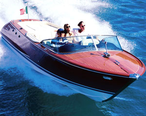 Sydney Harbour 2hr Sightseeing Cruise For Up To Four People on La Dolce Vita