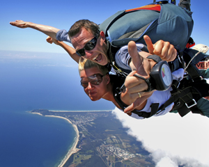 Skydiving Byron Bay - Weekday Tandem Skydive Up To 15,000ft