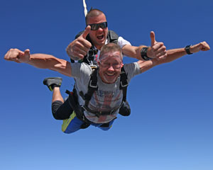 Skydive Over Lakes and Wineries, Melbourne Nagambie - WEEKEND 15,000ft