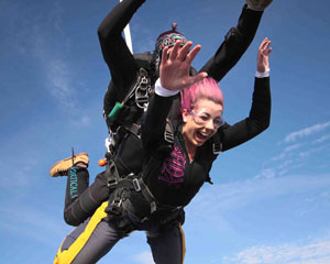 Skydive Over Lakes and Wineries, Melbourne Nagambie - WEEKDAY 12,000ft