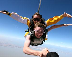 Skydiving Langhorne Creek Wine Region SA - Tandem Skydive 9,000ft