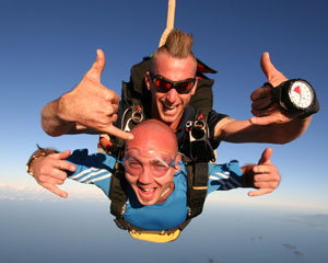 Skydiving Over Redcliffe Beach Brisbane JUNE SALE SPECIAL $249!
