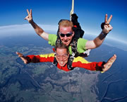 Skydiving Cairns to Innisfail - ½ Day Trip - Tandem Skydive UP TO 7,000ft SPECIAL OFFER!